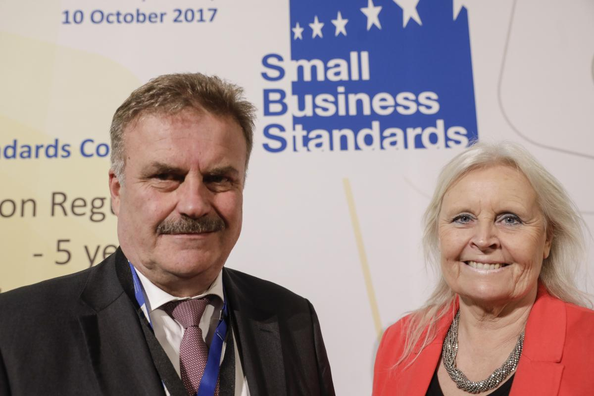 Antti Peltomäki, DG GROW Deputy Director General, and Gunilla Almgren, SBS President